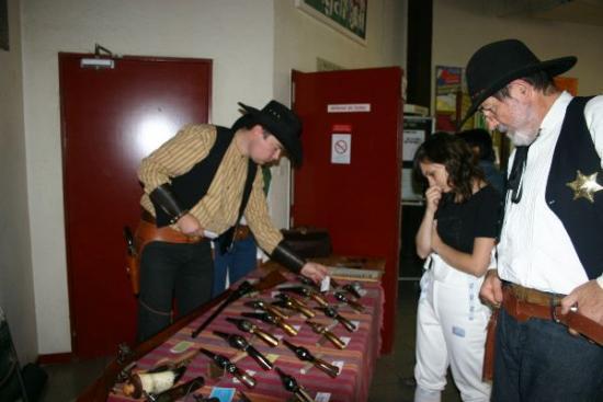 16 forum 2009 - Armes anciennes qui fonctionnent à la poudre noire