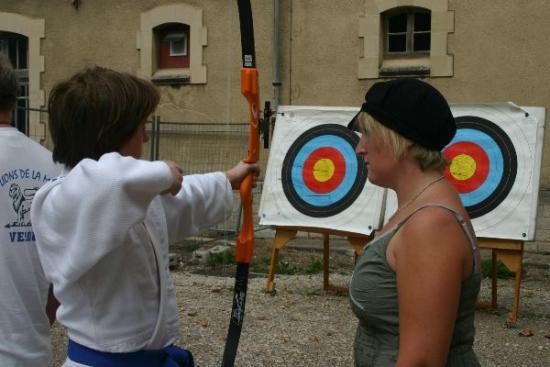 24 forum 2009 - Le beau temps, un atout maître pour le tir à l'arc -