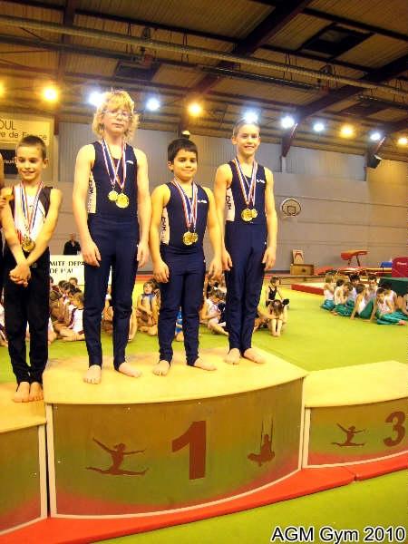 AGM Gym équipe benjamins/ minimes Aurélien Veuve, Jules Magnat, Marvin Tresse