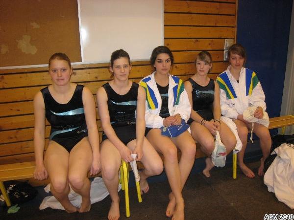 Justine, Coline, Camille, Ophélie et Axelle, équipe DF