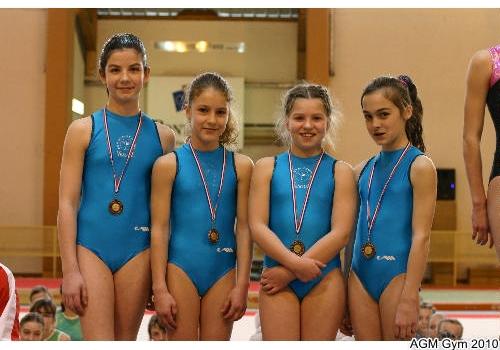 Justine, Yuliya, Crystal et Elisa 3ème en minimes
