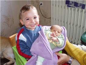 Cloé et son frère Léo
